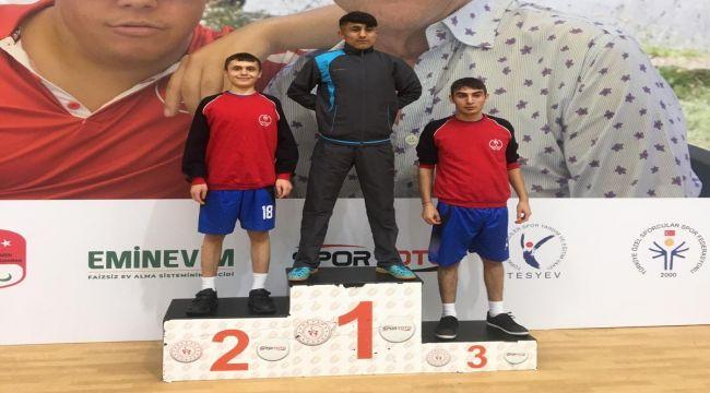 Özel Çocuklar, Masa Tenisinde Bölge Şampiyonu