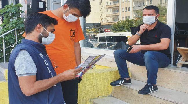 Polis ekiplerinden boğulmalara karşı broşürlü uyarı