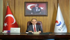 Rektör Dağlı: Türk milleti bağımsızlık için her şeyi göze alabilen yüce bir millettir