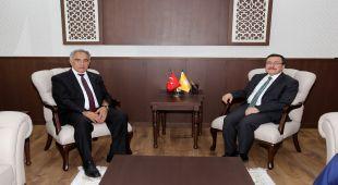 Rektör Turgut'tan Malatya İnönü Üniversitesine Ziyaret