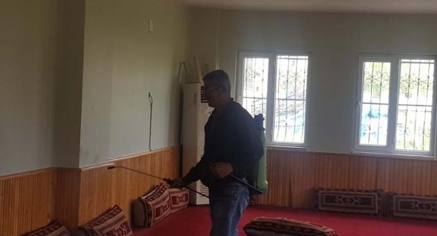 Samsat'ta Taziye Evi Ve Camilerde Temizlik Seferberliği