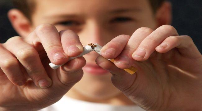 Sigarayla Savaşan Derneği'nden sigara içenlerden uzak durun çağrısı
