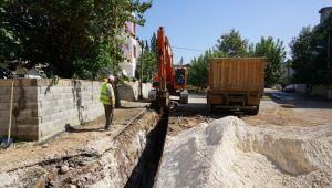 Siteler Mahallesinde kanalizasyon hattı yenileme çalışması