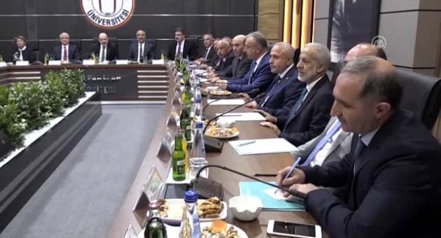 """Turgut: """"Bölgesel Kalkınma Odaklı Misyon Farklılaşması Projesi"""" Toplantısına Katıldı"""