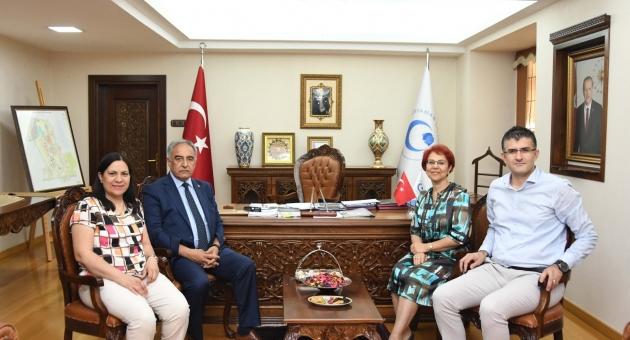 Türk Anesteziyoloji ve Reanimasyon Derneği'nden Rektör Turgut'a Ziyaret