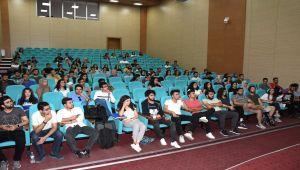 Türk Tıp Öğrencileri Birliği Topluluğundan Tıp Öğrencilerine Seminer