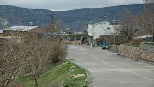 Tut'ta bir mahalle karantinaya alındı