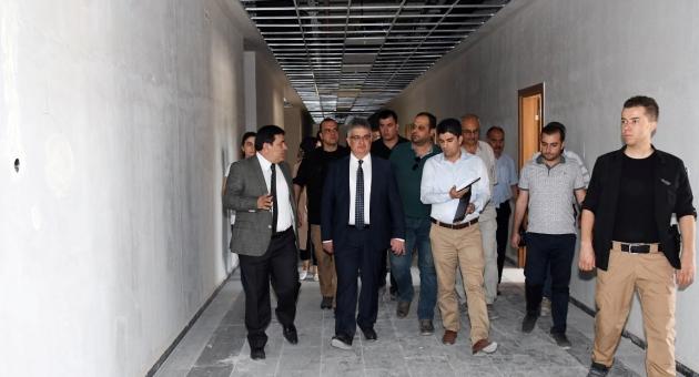 Vali Aykut Pekmez, Hükümet Konağı İnşaatını İnceledi
