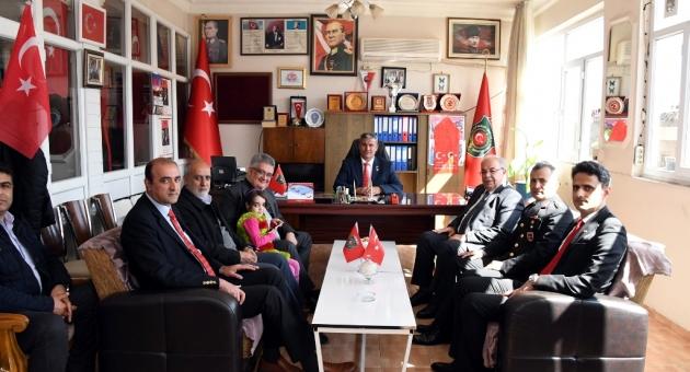 Vali Aykut Pekmez Ve İl Protokolü'nden Şehit Ve Gaziler Derneğine Ziyaret