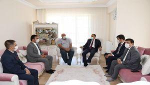Vali Mahmut Çuhadar'dan şehit ailesine ziyaret
