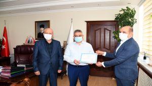 Vali Pekmez'den, Adıyaman'daki çağrı merkezlerine teşekkür belgesi