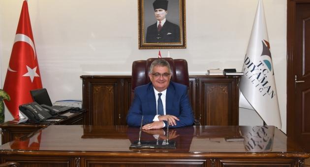 Vali Pekmez'den İstiklal Marşı'nın Kabulü Ve Mehmet Akif Ersoy'u Anma Mesajı