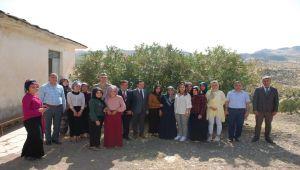 Yeşim Pekmez'den Gerger Halk Eğitim Merkezine Ziyaret