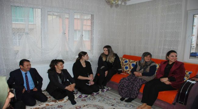 Yeşim Pekmez'den Gölbaşı İlçesindeki Şehit Ailelerine Ziyaret