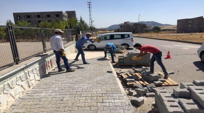 Yunus Emre Mahallesi'nde Kaldırım Çalışması
