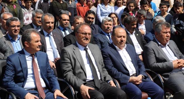 Zeynep Turgut İmam Hatip Ortaokulunda Kütüphane Açılış Yapıldı